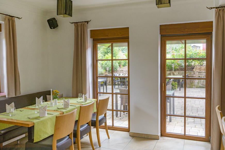 restaurant-galerie-3-innen-aussen